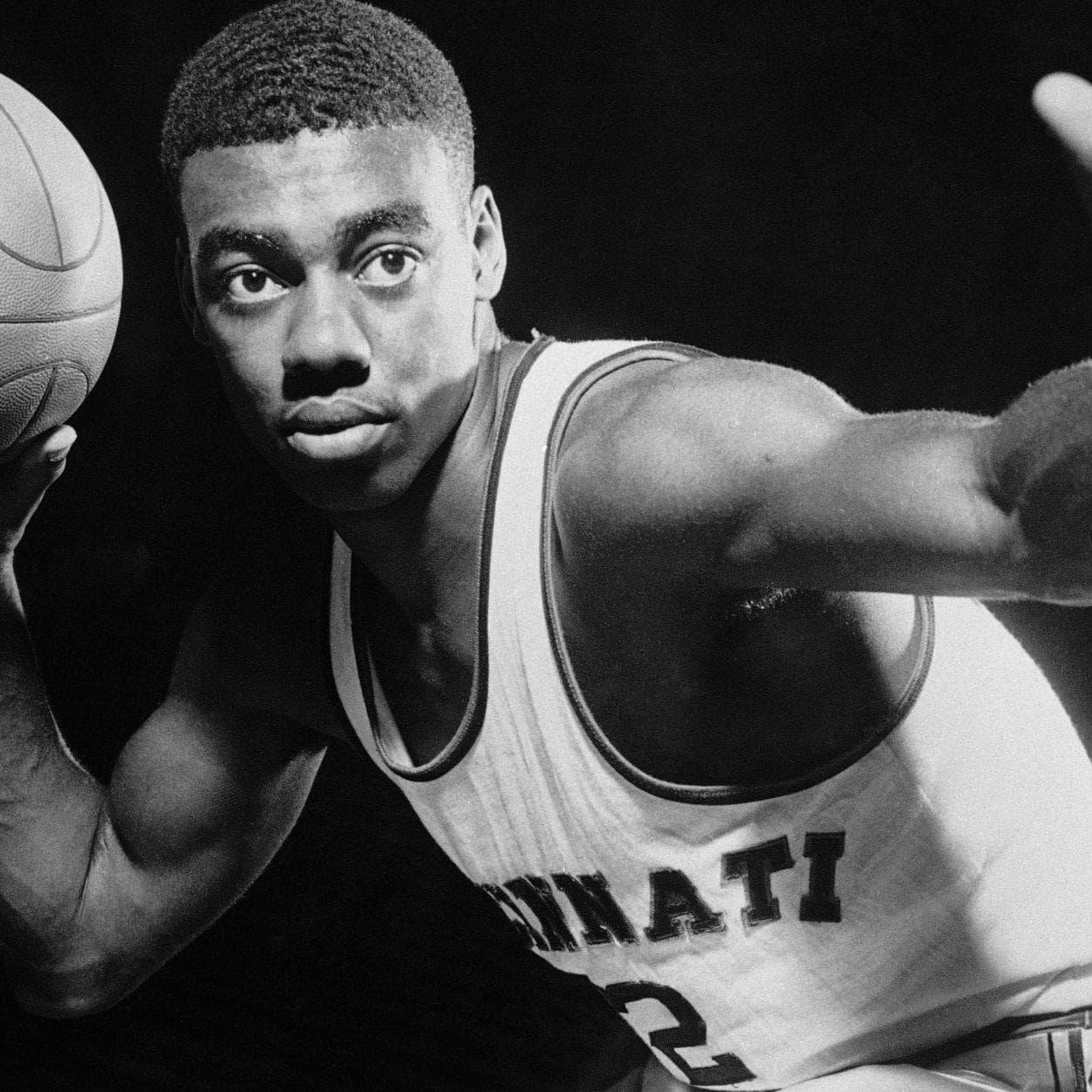 Random Greatest Cincinnati Basketball Players of All Time