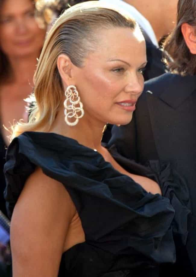 Pamela Anderson is listed (or ranked) 2 on the list Female Celebrities Who Are 5'5