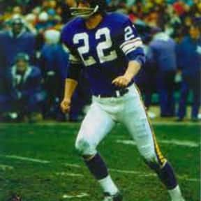 Paul Krause is listed (or ranked) 16 on the list List of Famous Football Defensive Backs