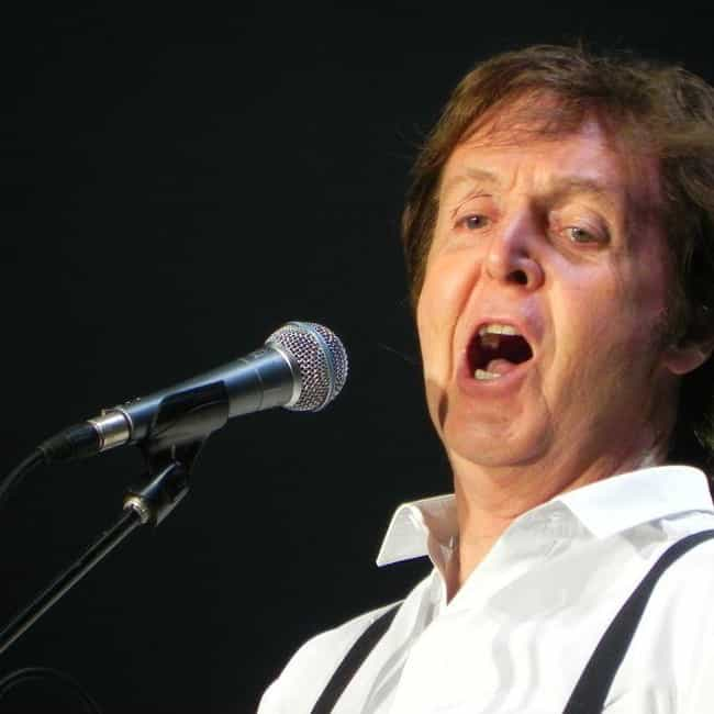Paul McCartney is listed (or ranked) 2 on the list Famous Male Pianists