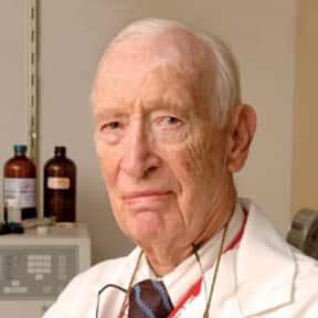 Paul Zamecnik is listed (or ranked) 3 on the list Famous Harvard Medical School Alumni