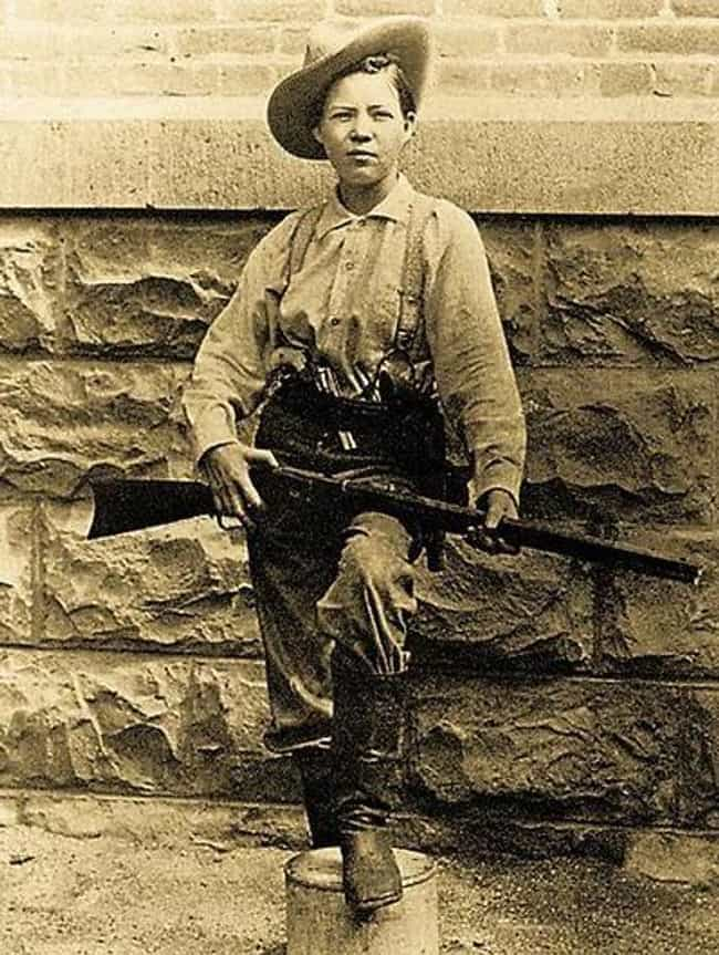 Pearl Hart is listed (or ranked) 7 on the list Heroines Of The Wild West You Wouldn't Want To Mess With