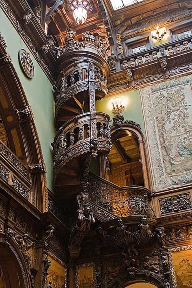 Peleș Castle is listed (or ranked) 1 on the list The Most Beautiful Staircases on Earth