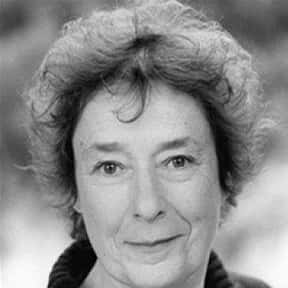 Linda Bassett is listed (or ranked) 14 on the list Full Cast of The Hours Actors/Actresses