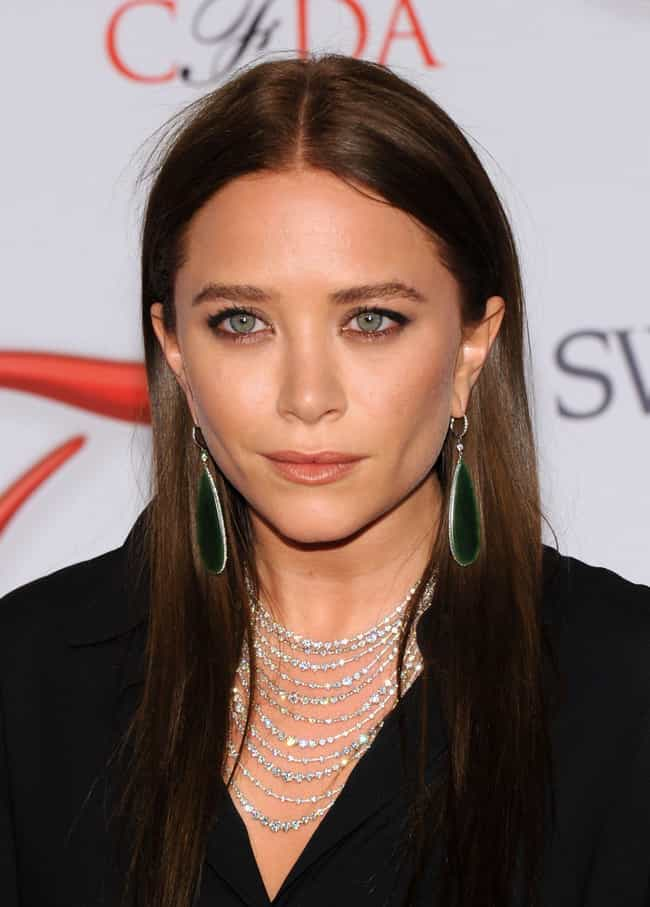 Mary-Kate Olsen is listed (or ranked) 2 on the list Stavros Niarchos' Loves & Hookups
