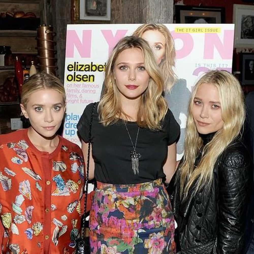 Elizabeth Olsen Reveals Her Favorite Sister! | E! News |Elizabeth Olsen And Sisters 2014
