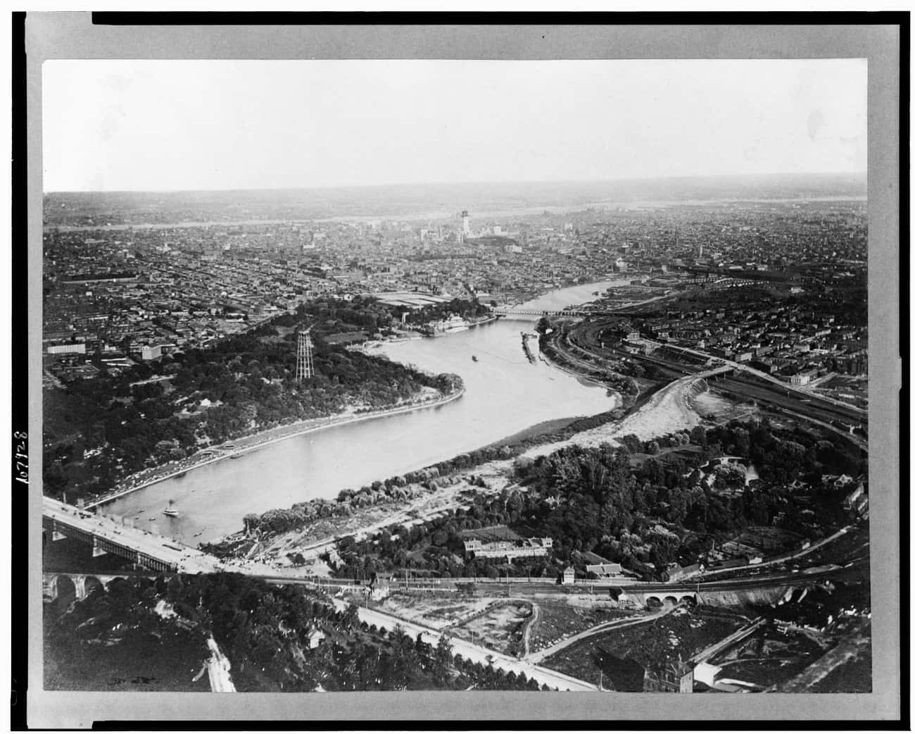 Philadelphia, 1893 is listed (or ranked) 3 on the list Stunning Aerial Photography of Early Cities Like You've Never Seen Them Before