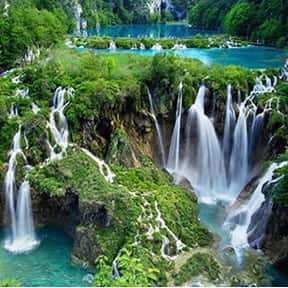 Plitvice Lakes National Park is listed (or ranked) 23 on the list The Most Beautiful Natural Wonders In The World