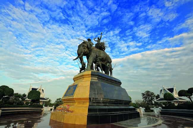 Sri Suriyothai is listed (or ranked) 2 on the list The Coolest Statues And Monuments Dedicated To Female Warriors