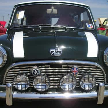 Austin Mini Super Deluxe is listed (or ranked) 6 on the list Full List of MINI Models
