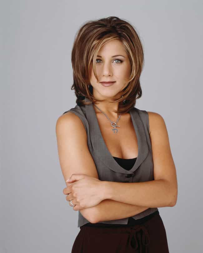 Rachel Green is listed (or ranked) 1 on the list Which '90s Sitcom Character Has The Best Signature Look?