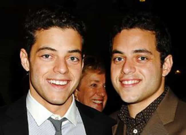 celebrity identical twins list of famous people with a twin