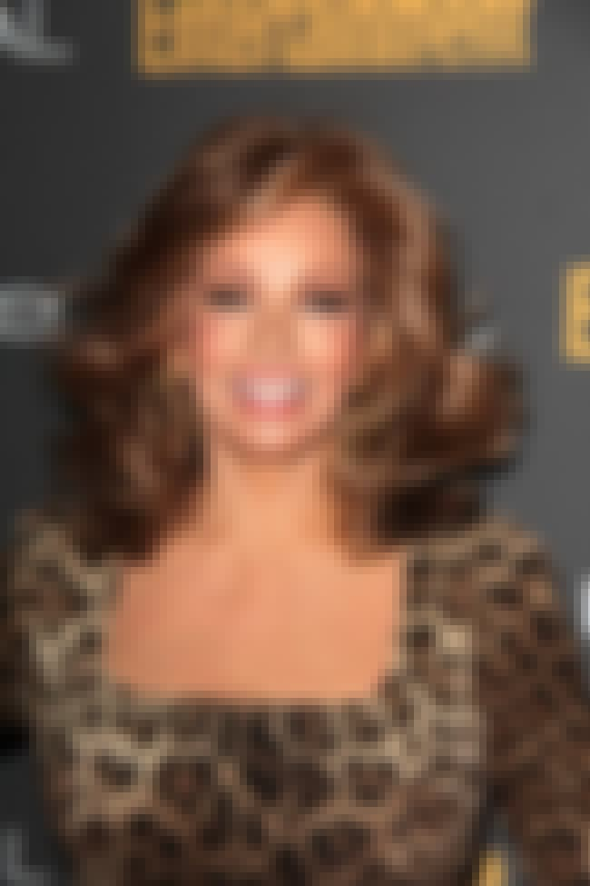 Raquel Welch is listed (or ranked) 8 on the list Libertarian Celebrities
