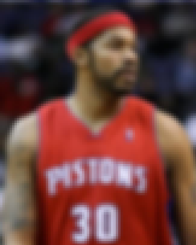 Rasheed Wallace is listed (or ranked) 2 on the list Famous Simon Gratz High School Alumni