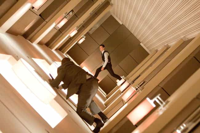 Inception is listed (or ranked) 2 on the list The Biggest Blockbusters Of The Decade That Weren't Franchises Or Sequels, Ranked