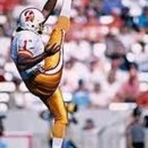 Reggie Roby is listed (or ranked) 16 on the list List of Famous Football Punters