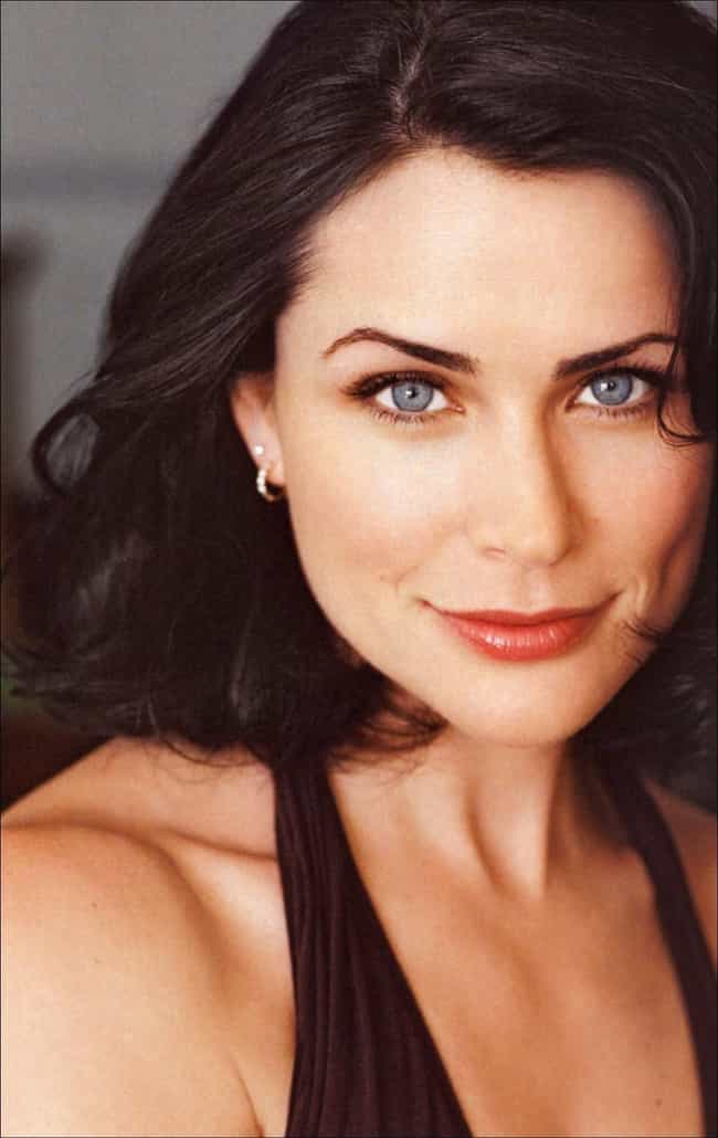 Rena Sofer is listed (or ranked) 1 on the list Battle Of The Ages: Old Beauties Vs. Young Beauties