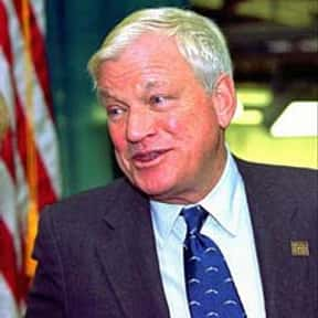 Richard Mellon Scaife is listed (or ranked) 23 on the list Famous University Of Pittsburgh Alumni