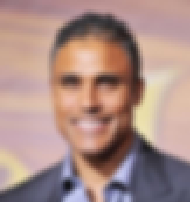 Rick Fox is listed (or ranked) 3 on the list Men Who Kristin Davis Has Dated