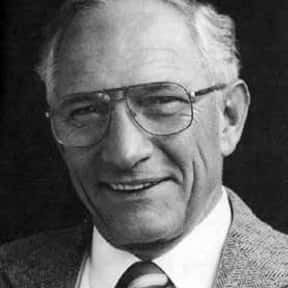 Robert Noyce is listed (or ranked) 17 on the list Famous People Who Died in Texas