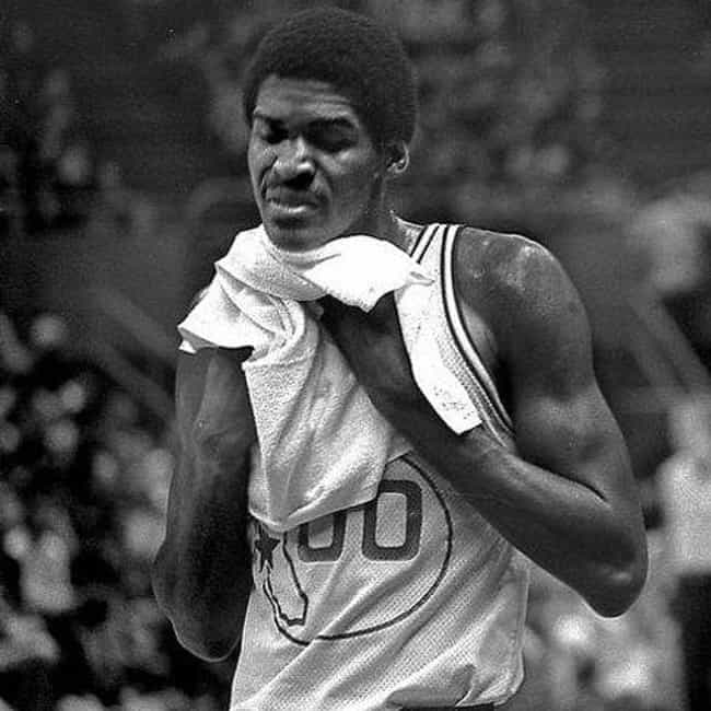 Robert Parish is listed (or ranked) 4 on the list The Best Athletes Who Wore #0