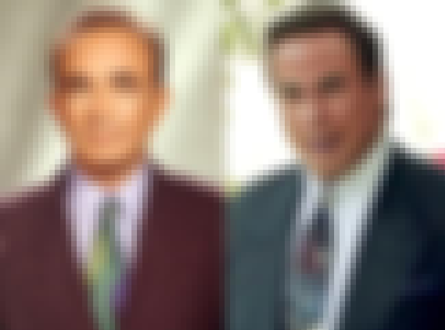 Robert Shapiro is listed (or ranked) 2 on the list How Insiders Have Reacted to the OJ Show