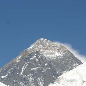 Rob Hall is listed (or ranked) 6 on the list Famous People Who Died on Mount Everest