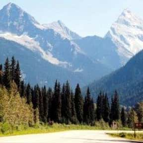 Rocky Mountains is listed (or ranked) 9 on the list The Best Tourist Attractions in America