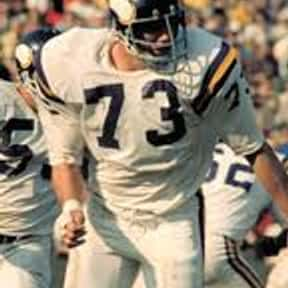Ron Yary is listed (or ranked) 10 on the list List of Famous Football Offensive tackles