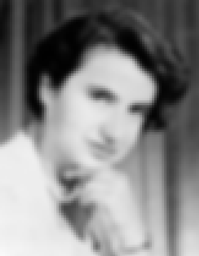 Rosalind Franklin is listed (or ranked) 3 on the list Famous Female Chemists