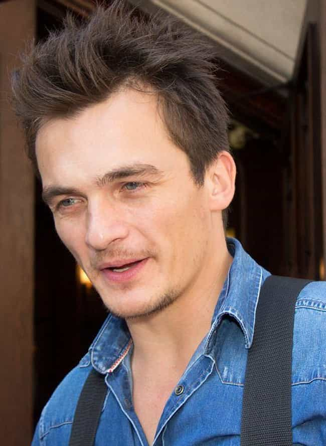 Rupert Friend is listed (or ranked) 2 on the list Keira Knightley's Loves & Hookups