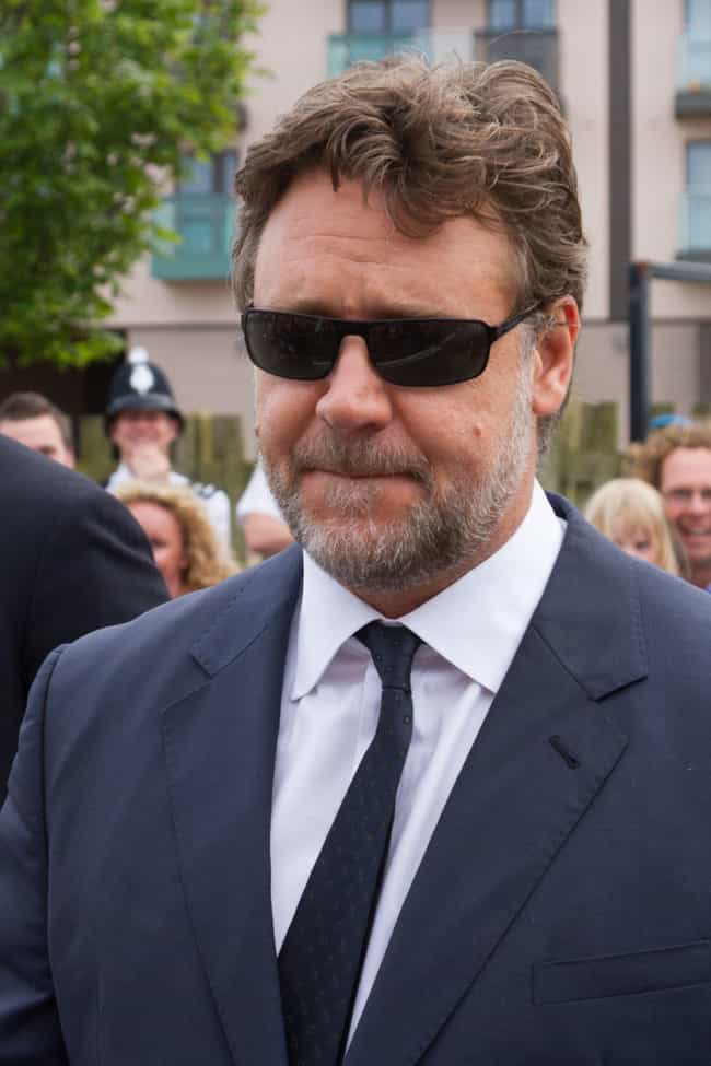Russell Crowe is listed (or ranked) 4 on the list Meg Ryan's Loves & Hookups