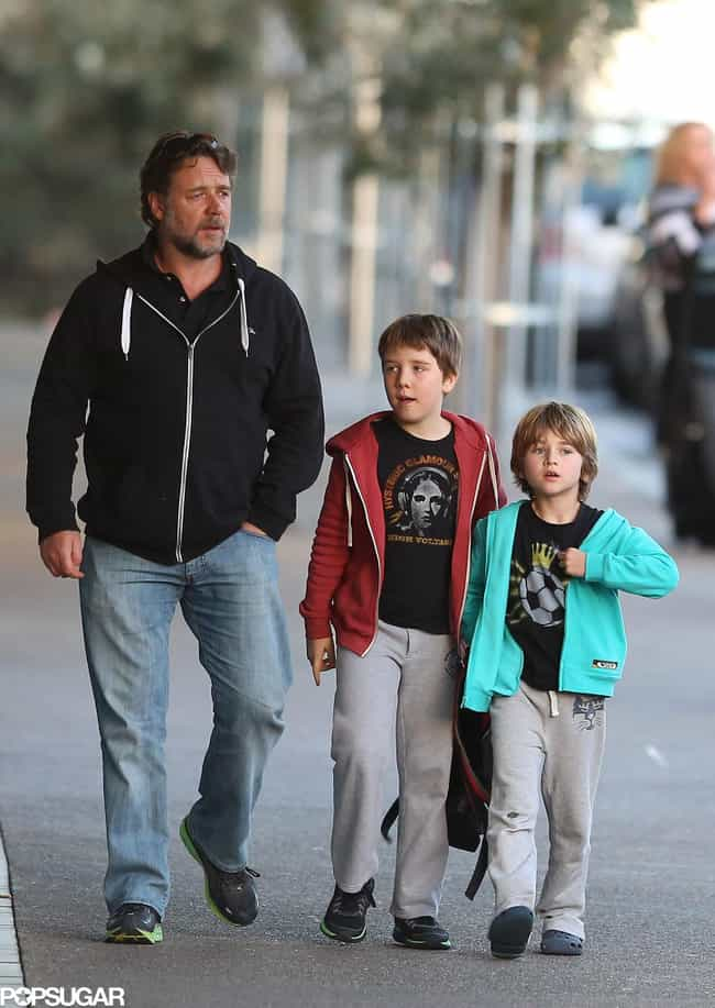 Russell Crowe is listed (or ranked) 1 on the list 8 Famous Dads Who Only Have Sons