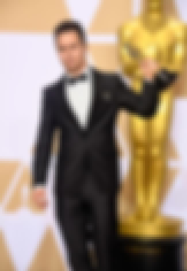 Sam Rockwell is listed (or ranked) 4 on the list Best Dressed Celebs At The 2018 Oscars