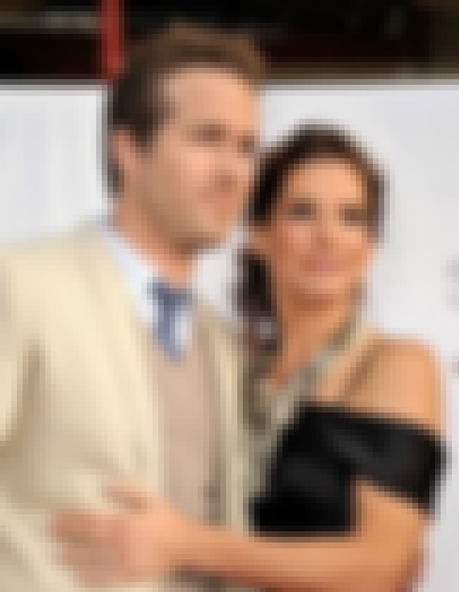 Sandra Bullock is listed (or ranked) 4 on the list Ryan Reynolds's Loves & Hookups