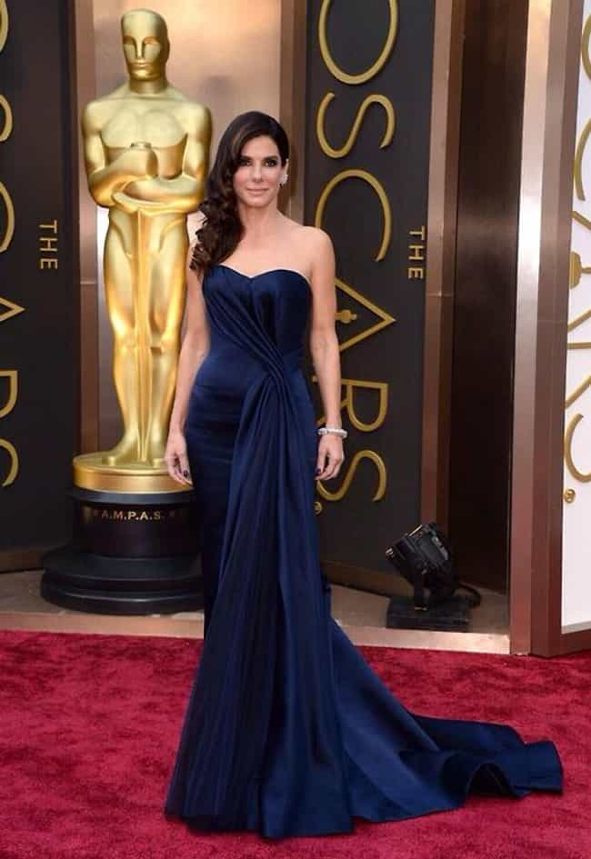Sandra Bullock is listed (or ranked) 1 on the list 2014 Oscars Red Carpet Best Dressed