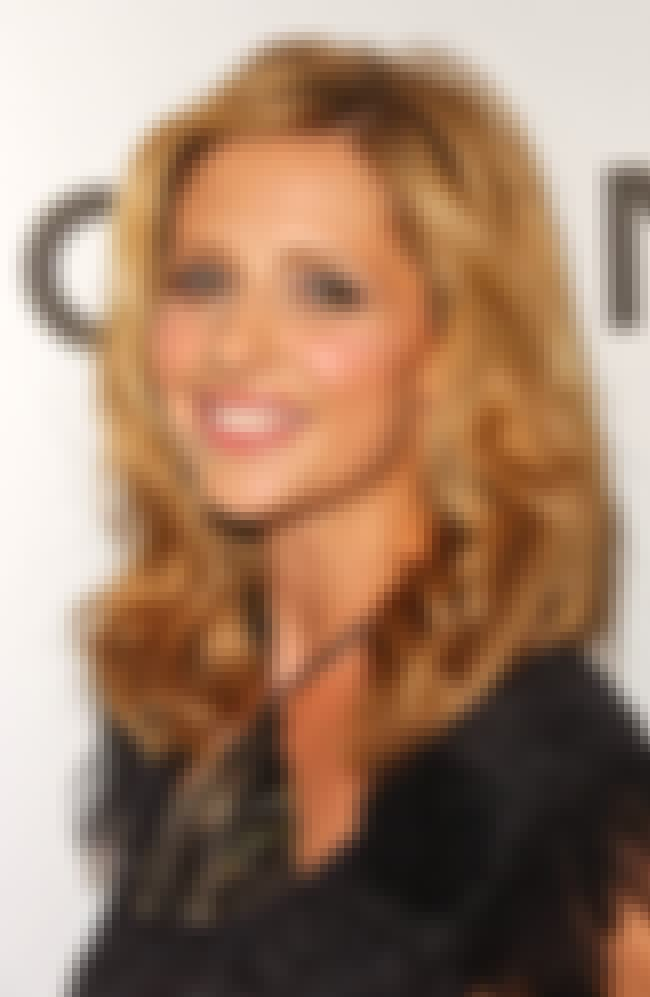 Sarah Michelle Gellar is listed (or ranked) 2 on the list 33 Famous People with Scoliosis